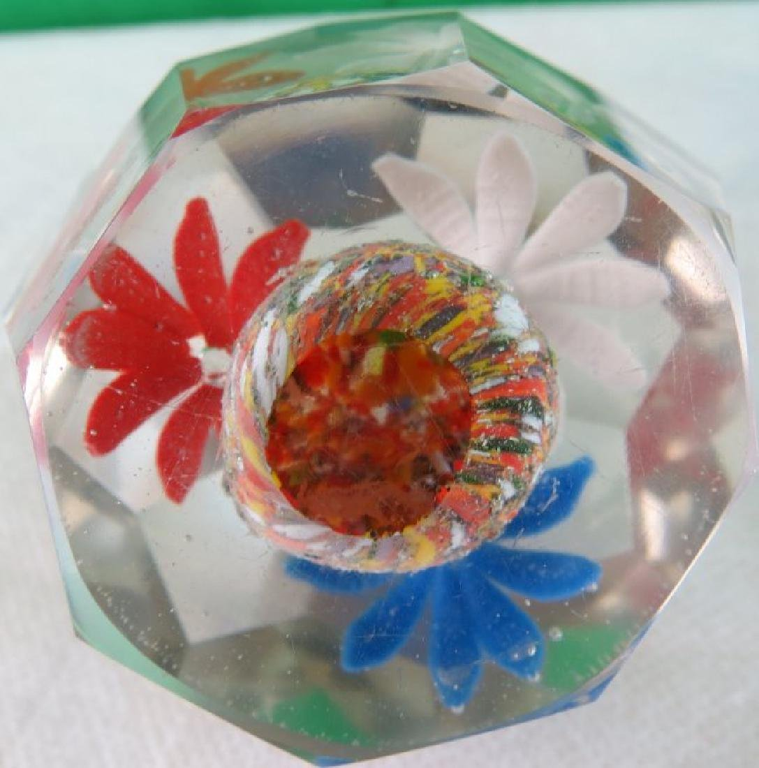 """Paper Weight France 1940  3"""" x 2.5"""" - 3"""