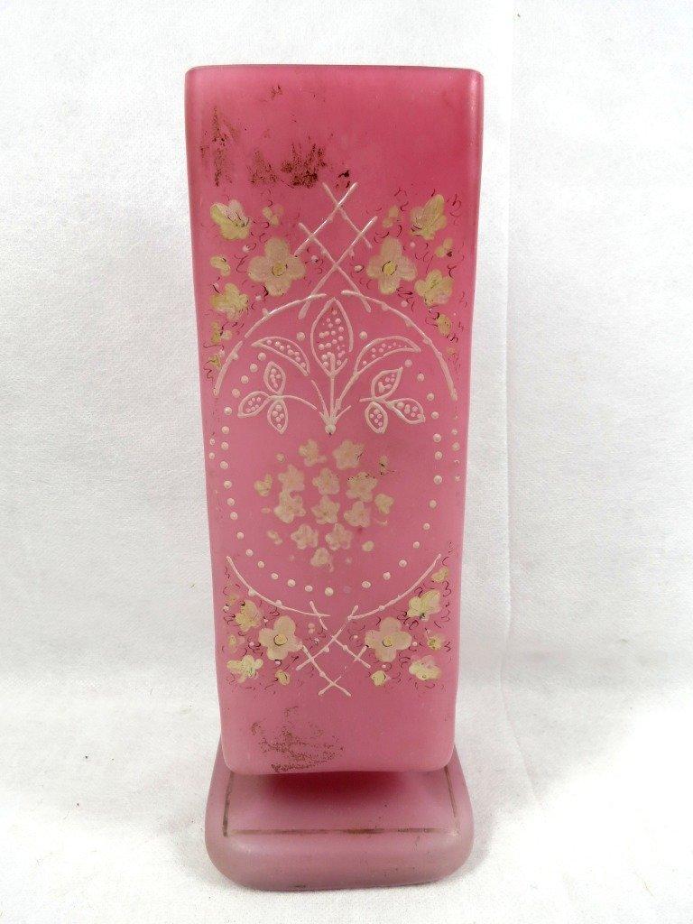 1001: Opaline Vase