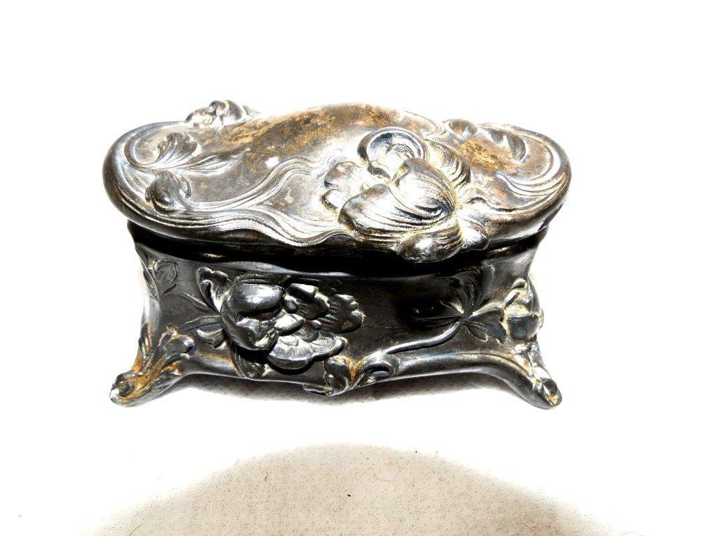 1007: Jewelry Box