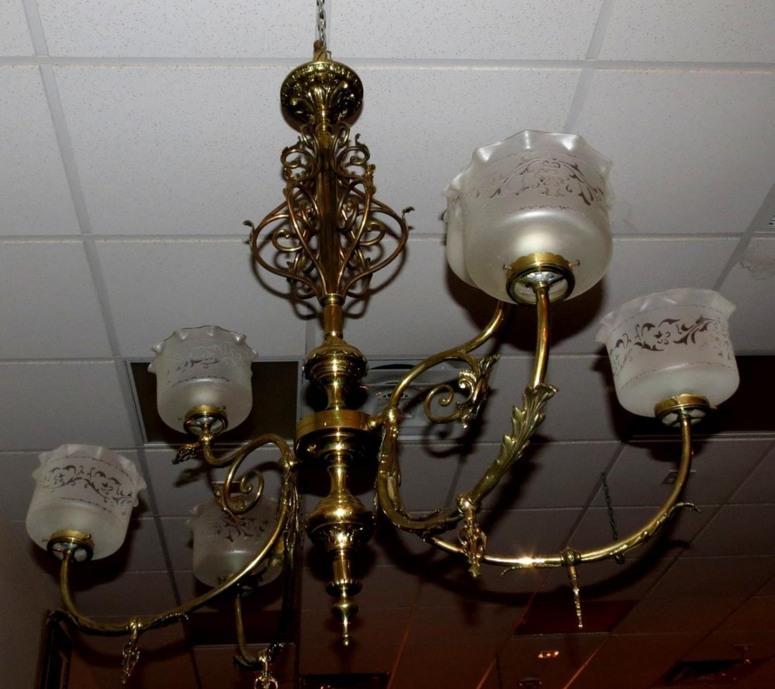 1016: Gaslight original French Chandelier w/6 glass sha