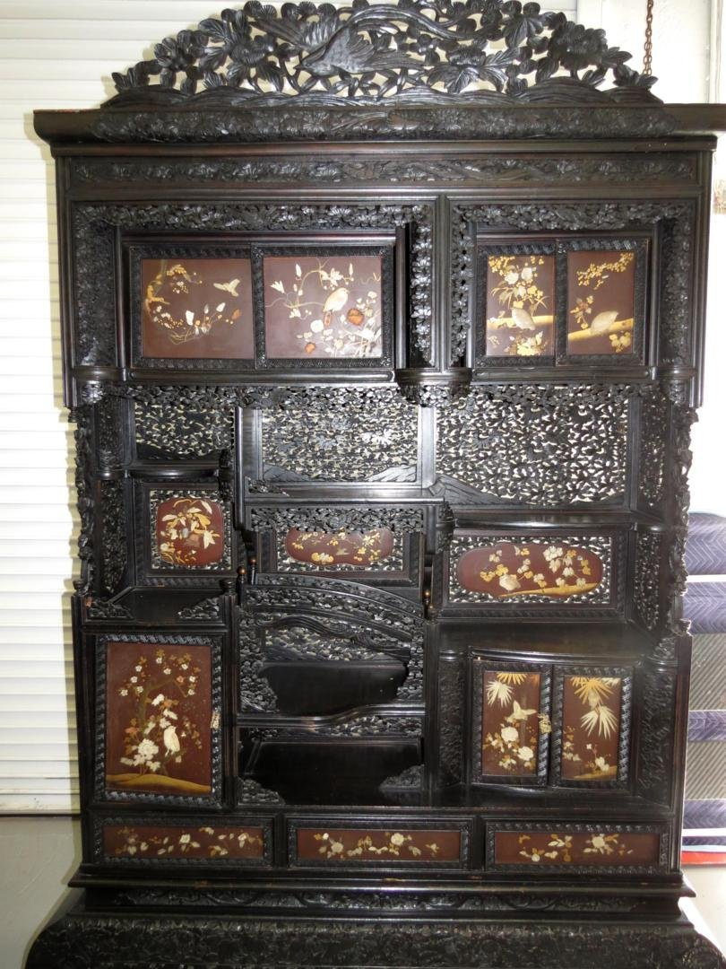 qing dynasty chinese curio cabinet in rosewood
