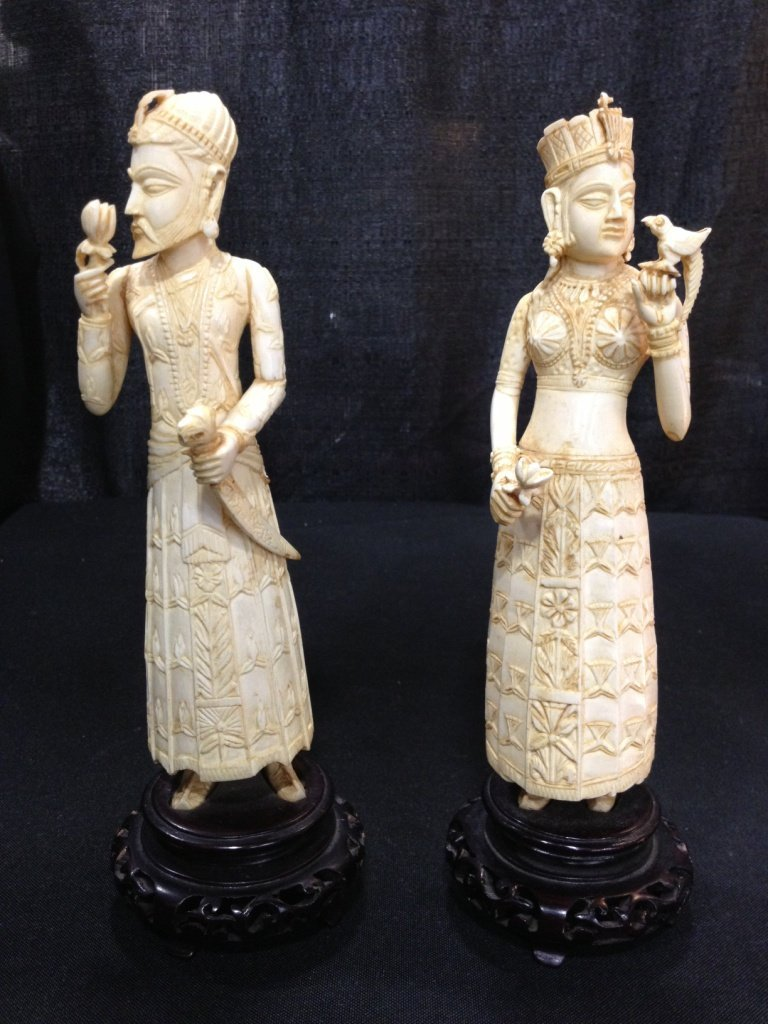 Ivory figures , India, Noble Man and Woman