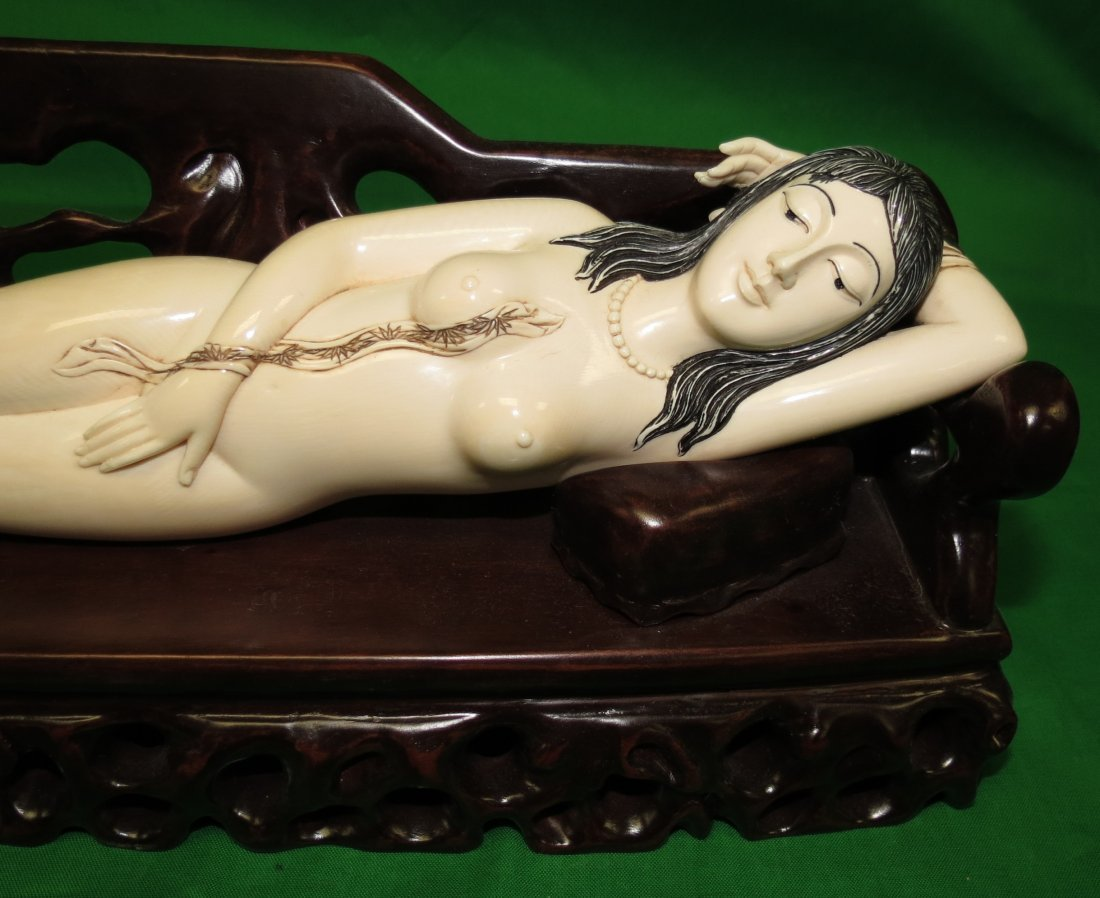 Big Doctor's Lady Ivory Sculpture Wood Bench - 2