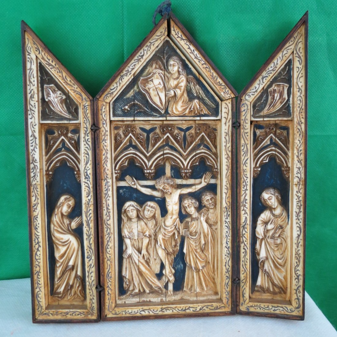 Tryptic Religious Scene Polychrome Ivory 18th cent