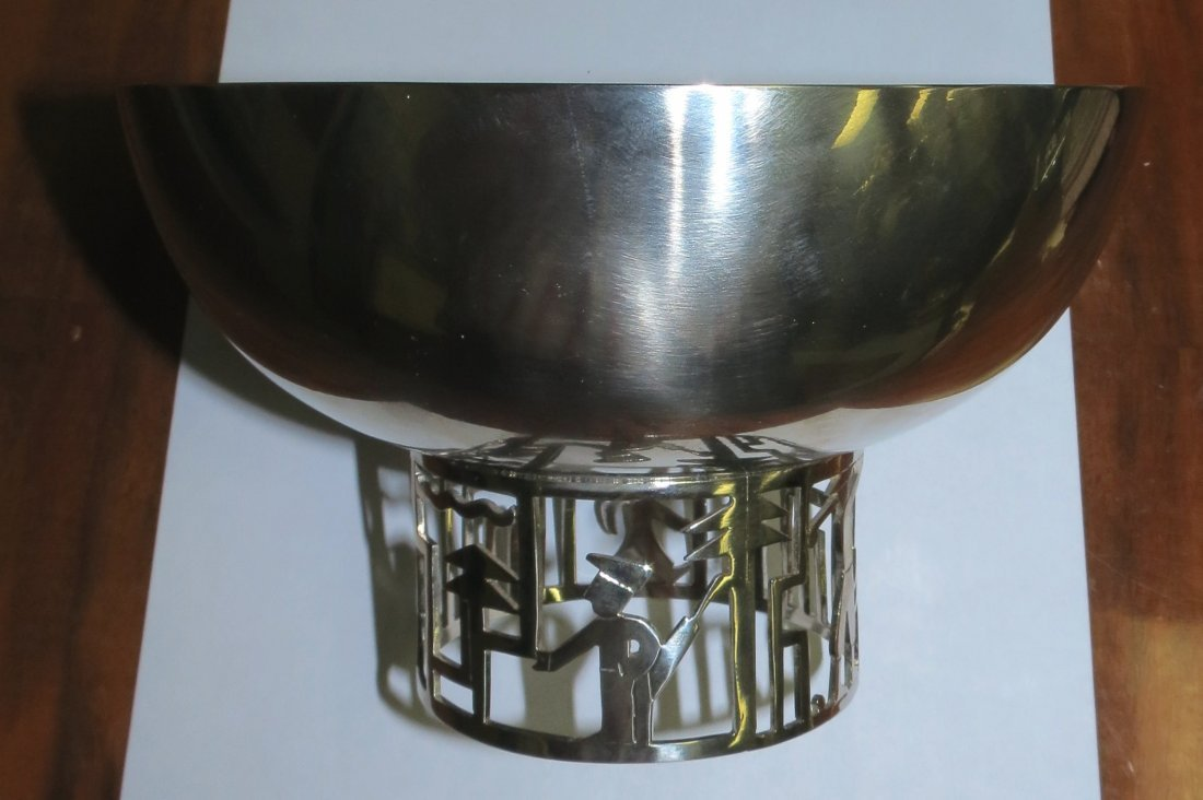 Hagenauer Bowl , signed and marked. Austria