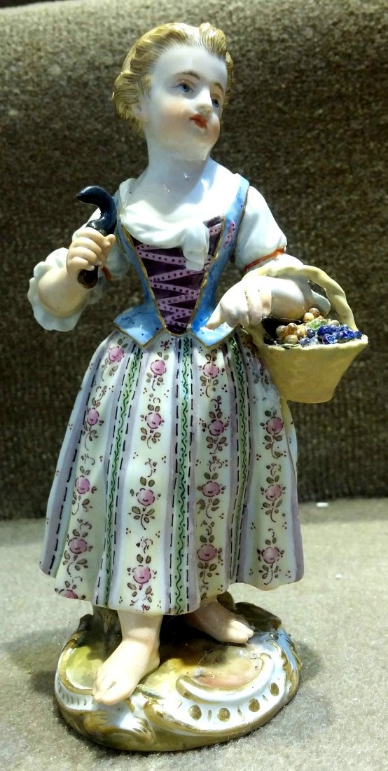 Meissen Lady with Basket of Grapes H: 6""