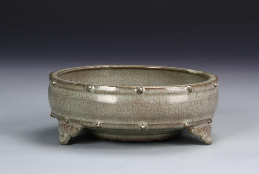Chinese Guan-Type Narcissus Bowl