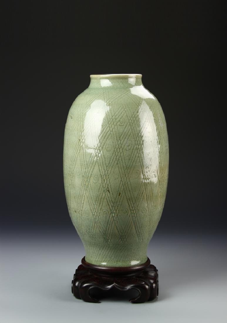 Chinese Lungquan Lamp Vase
