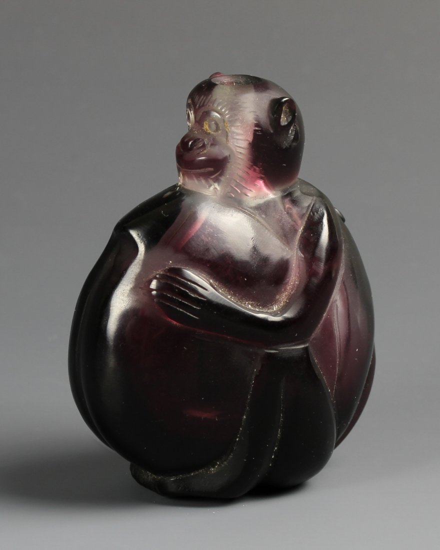 Chinese Amethyst Snuff Bottle