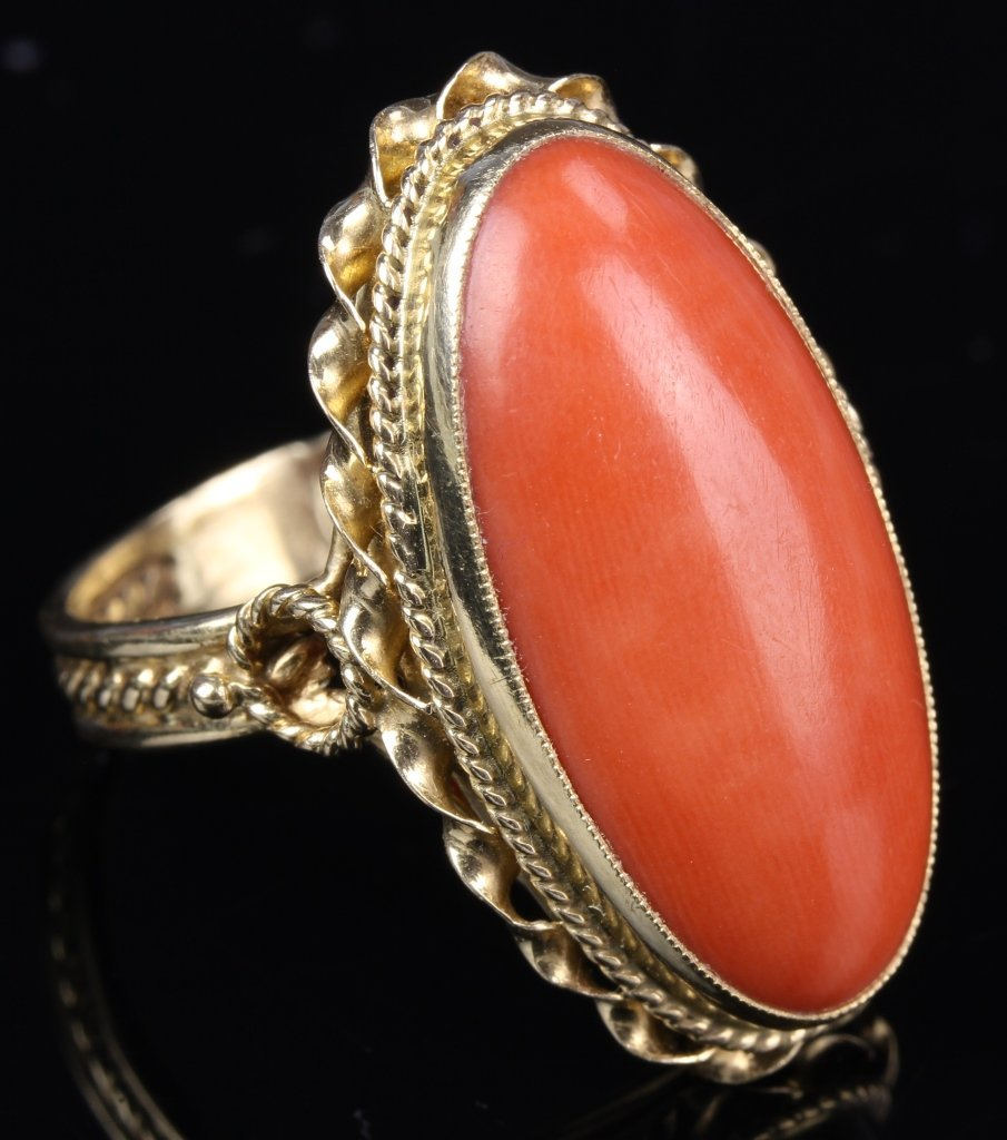 Chinese 14K Gold Coral Ring