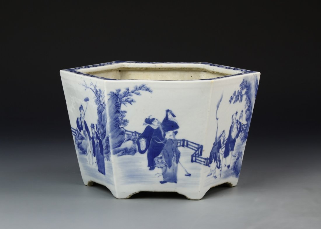 Chinese Blue and White Planter - 3