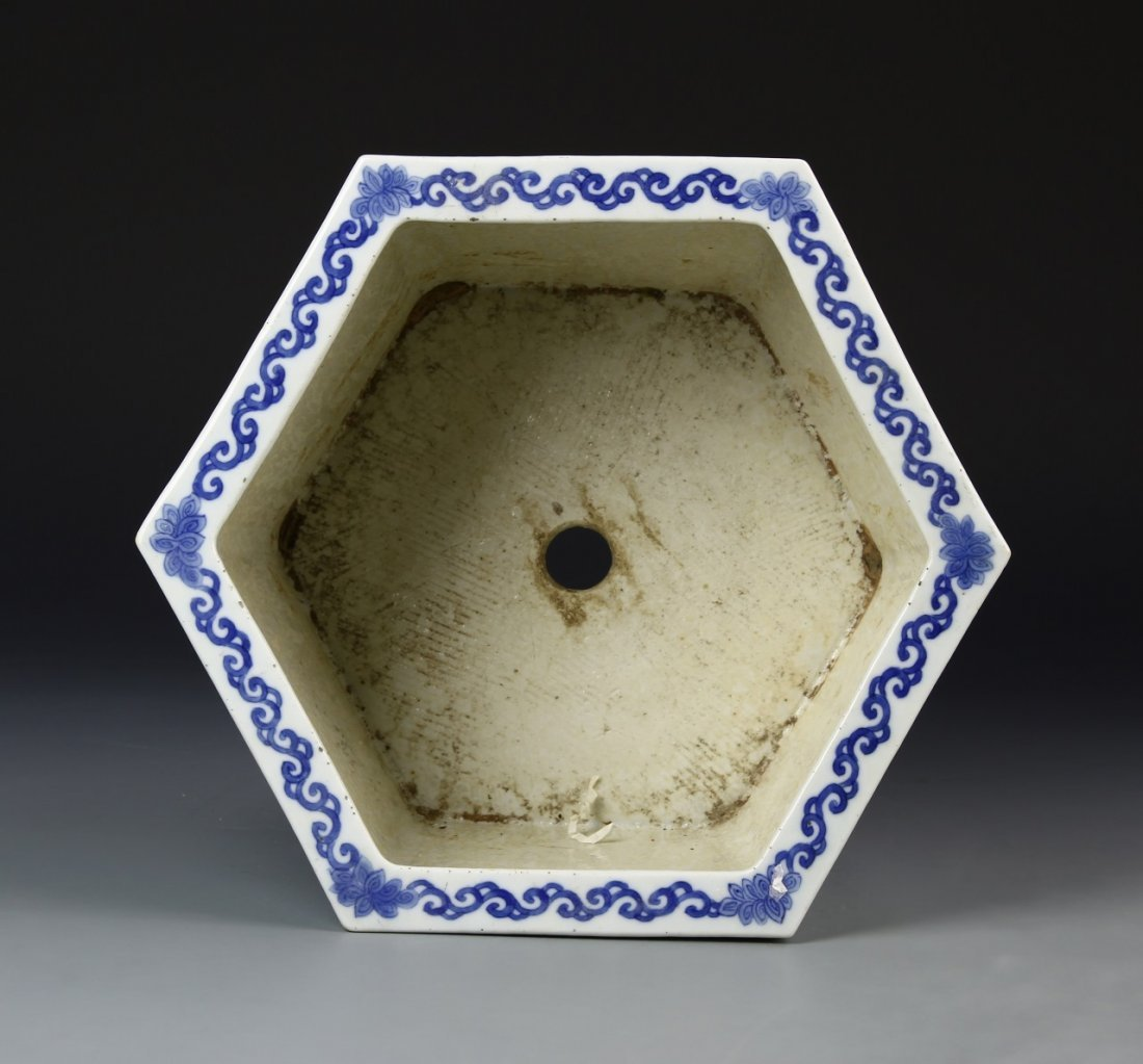 Chinese Blue and White Planter - 5