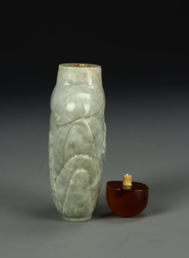 Chinese Jade Snuff Bottle - 3