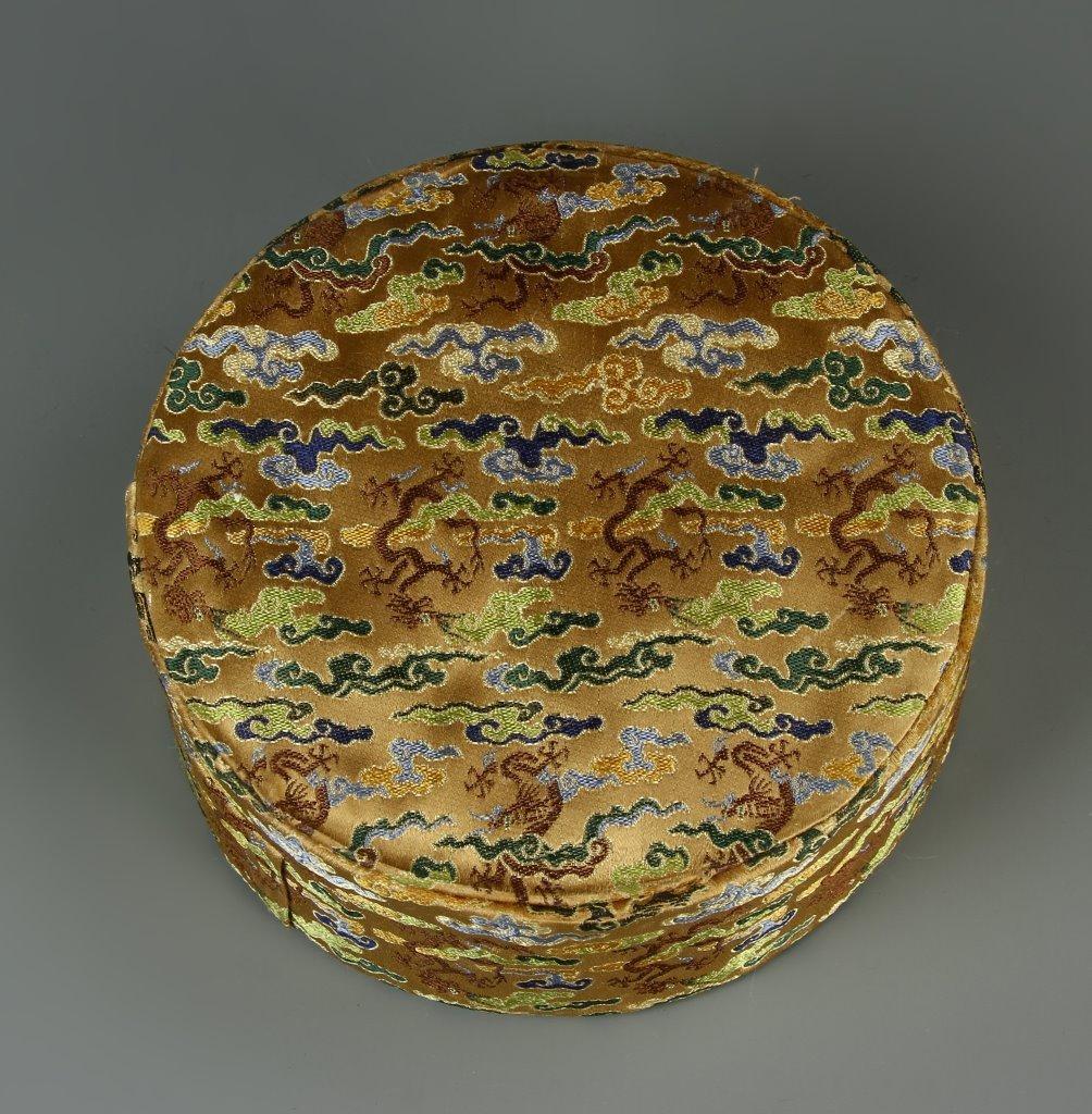 Carved Deer Horn Court Necklace - 9