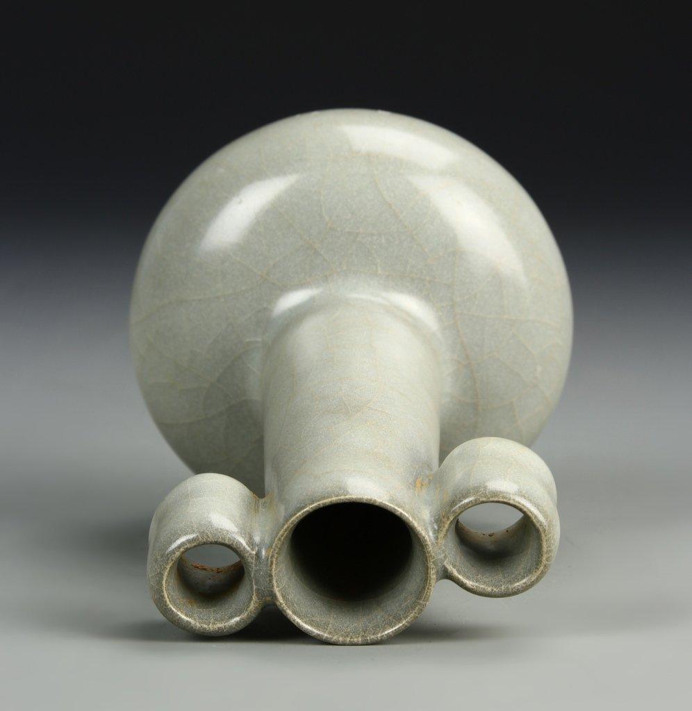 Chinese K'uan Type Arrow Vase - 5