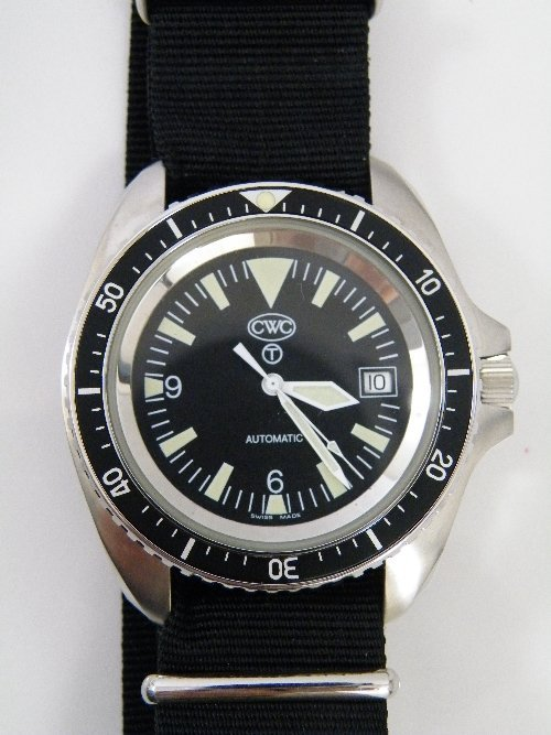 330: CWC military Navy diver watch with Swiss Automatic