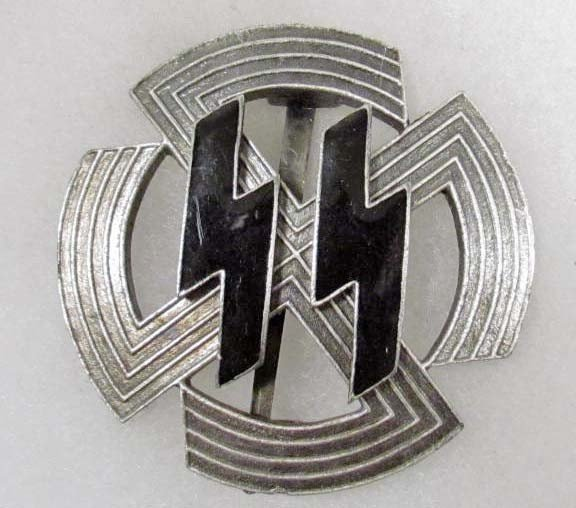 106: Nazi German SS Enameled Badge