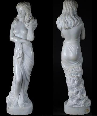 107: CONTINENTAL MARBLE FIGURE OF A BATHER.