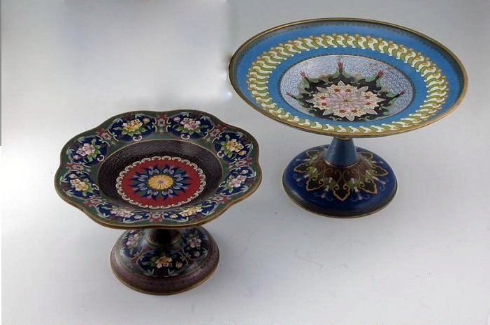 122: 2 CHINESE CLOISONNE TAZZA.