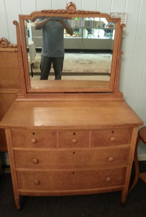 5: Chest of Drawers w/ Mirror (2)