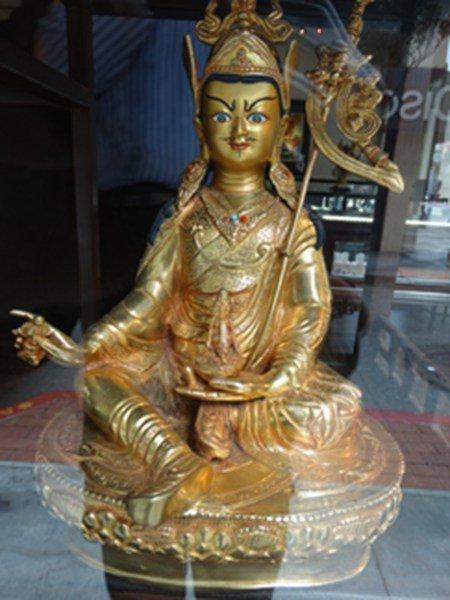 Sittng gilt bronze Guangyin Buddha figure