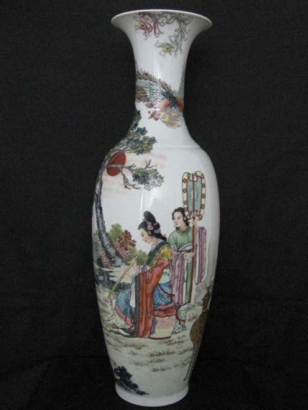 Zhao  Hui Mien Big Art Work (Famille Rose Vase)