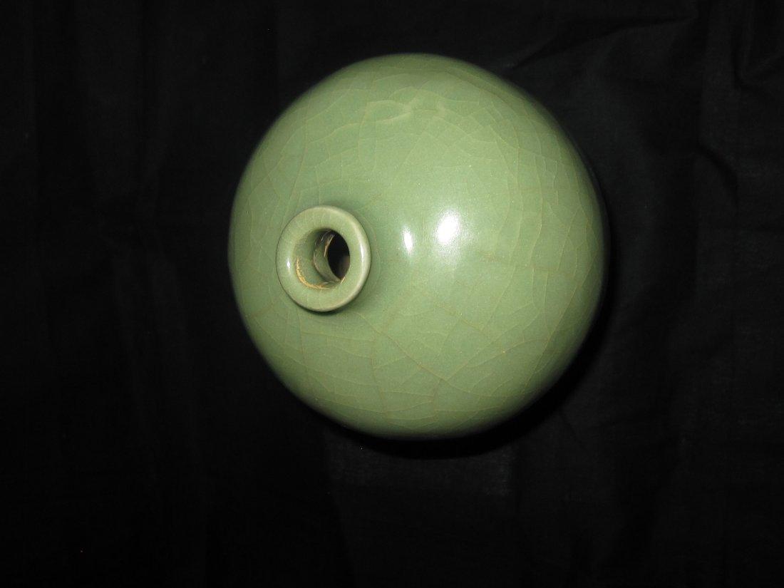 Chinese Ming Yongle light green  glaze vase 明 - 2