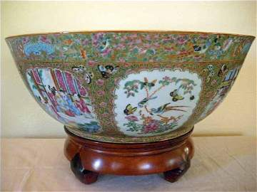 87: Exceptional Chinese Export Rose Mandarin Punch Bowl