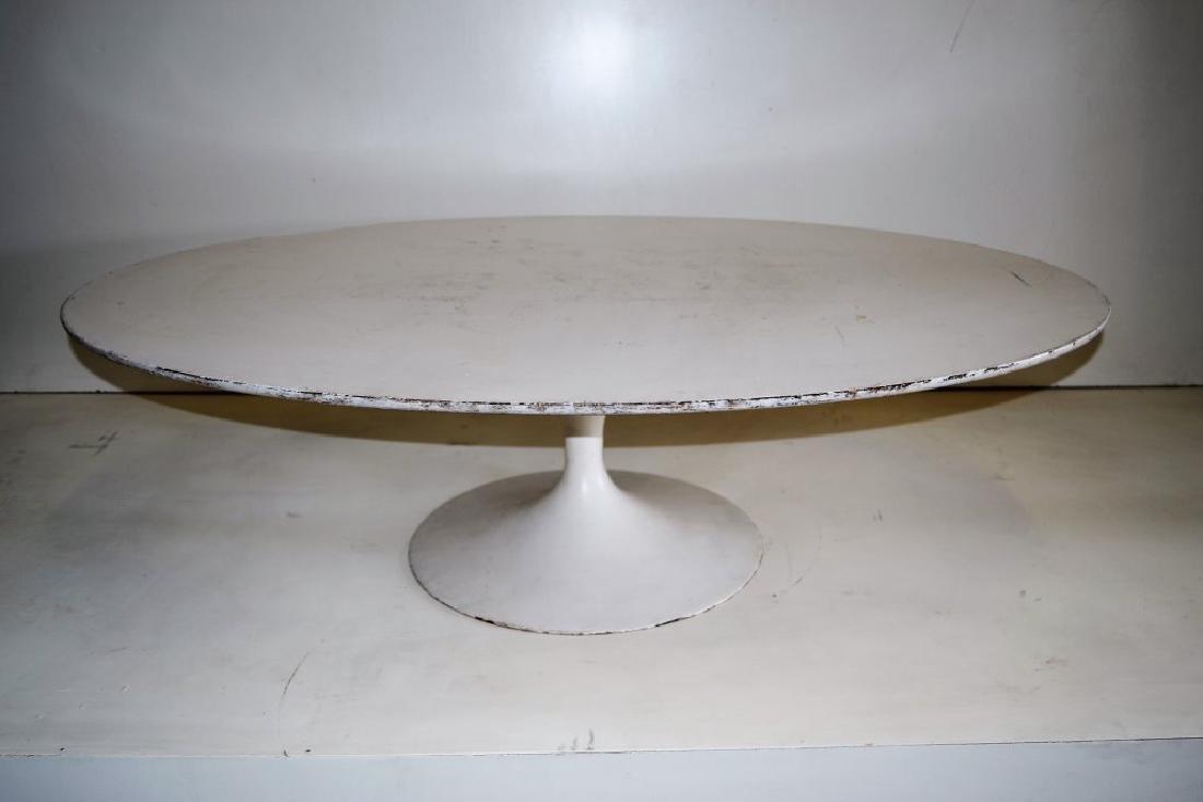 Eero Saarinen Oval Cocktail Table for Knoll