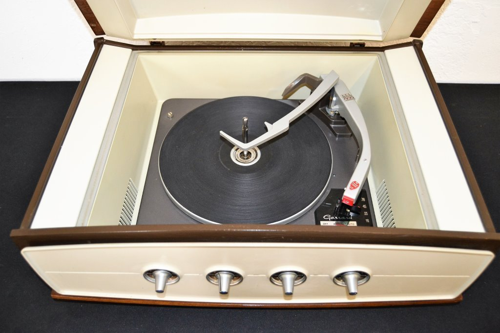 Columbia Stereo 360 with Garrard Turntable - 4