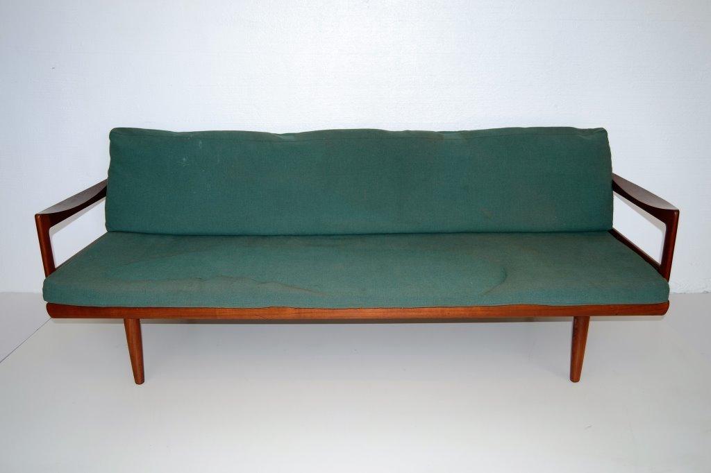 Peter Hvidt Style Scandinavian Teak Daybed/Sofa