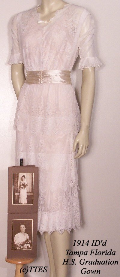 421: 1914 ID'd Tampa FLA HS Graduation Gown Plus