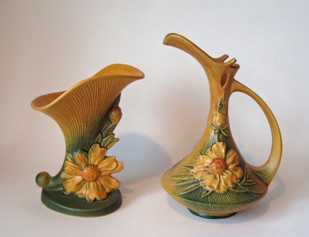 Lot of 2 pieces of Roseville pottery: pitcher #8-10,