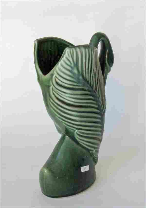 Royal Hickman Florida 576 art pottery vase, 10 inches