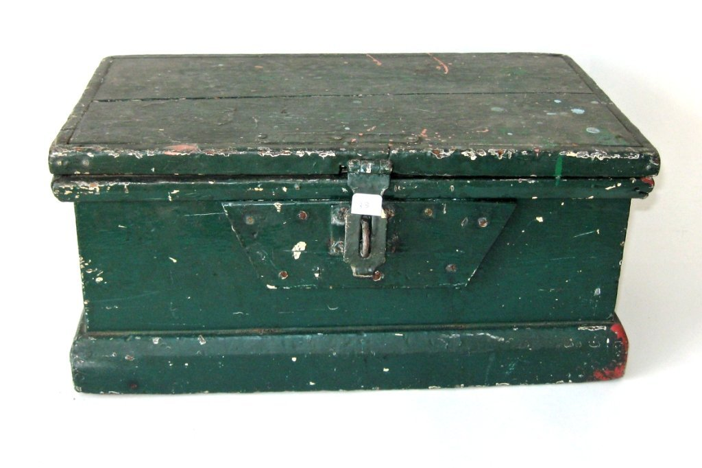 19th century pine toolbox in old porch paint, 17 by 10