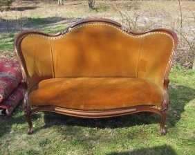 Antique Victorian Upholstered Sofa. Condition: Good.