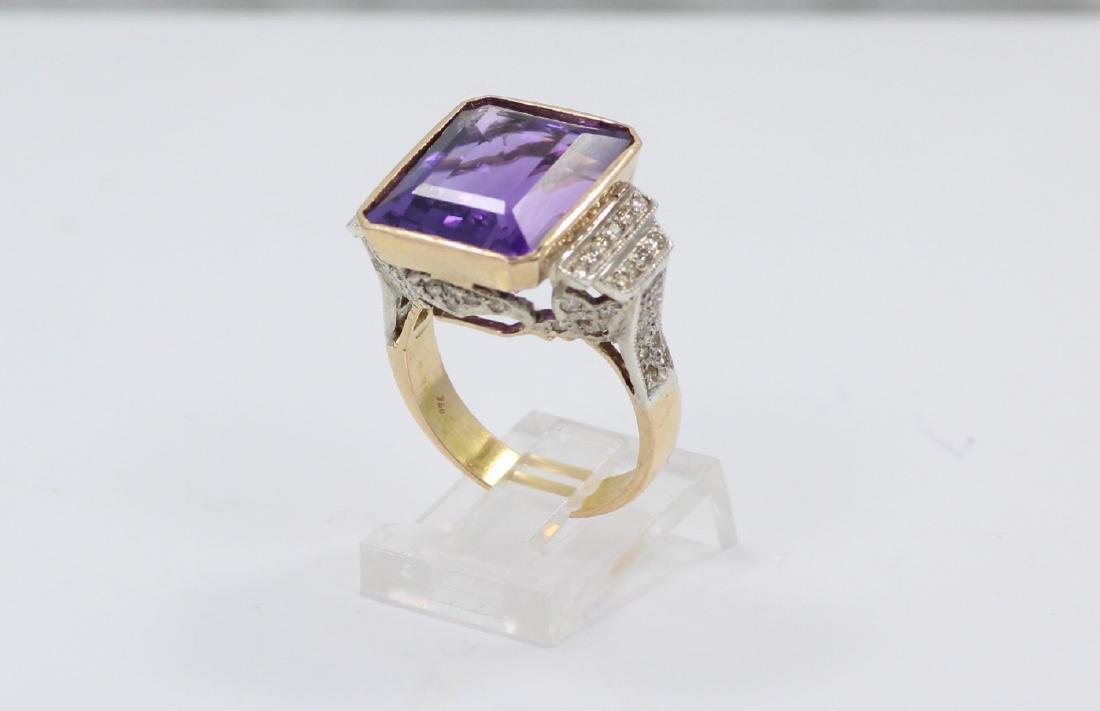 18K Gold Ring W/10ct Ascher-Cut Gemstone&Diamonds