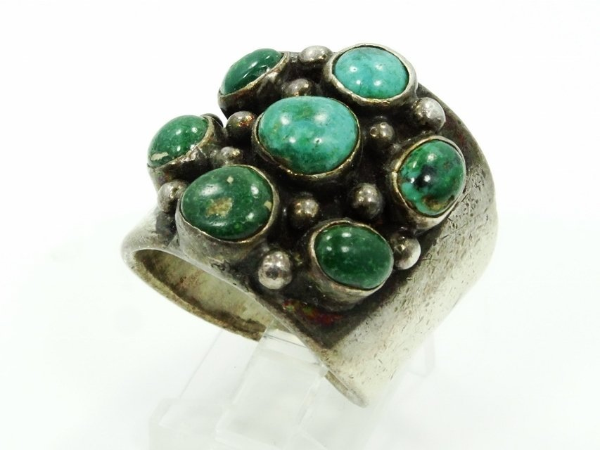 Native American Silver & Turquoise Ring
