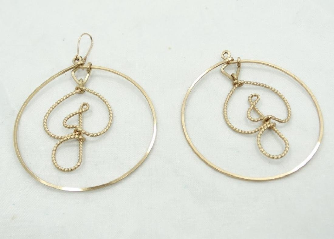 Jessi Colter Personal Gold Tone Hoop Earrings