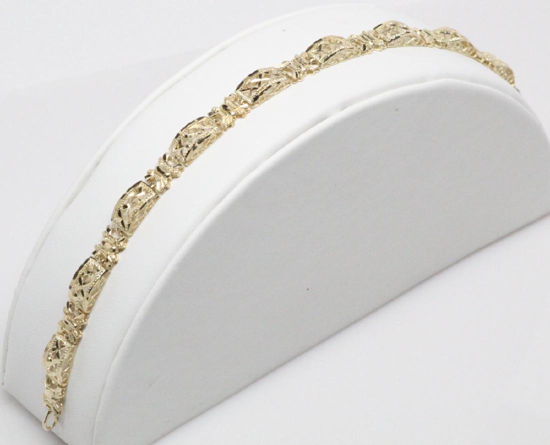 """Solid 10K Yellow Gold """"Domed Link"""" Bracelet"""