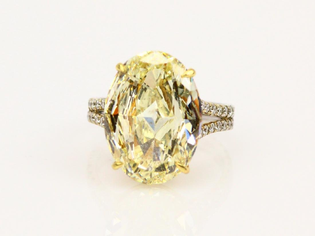 10ct GIA SI2 Fancy Light Yellow Diam. in 18K Band