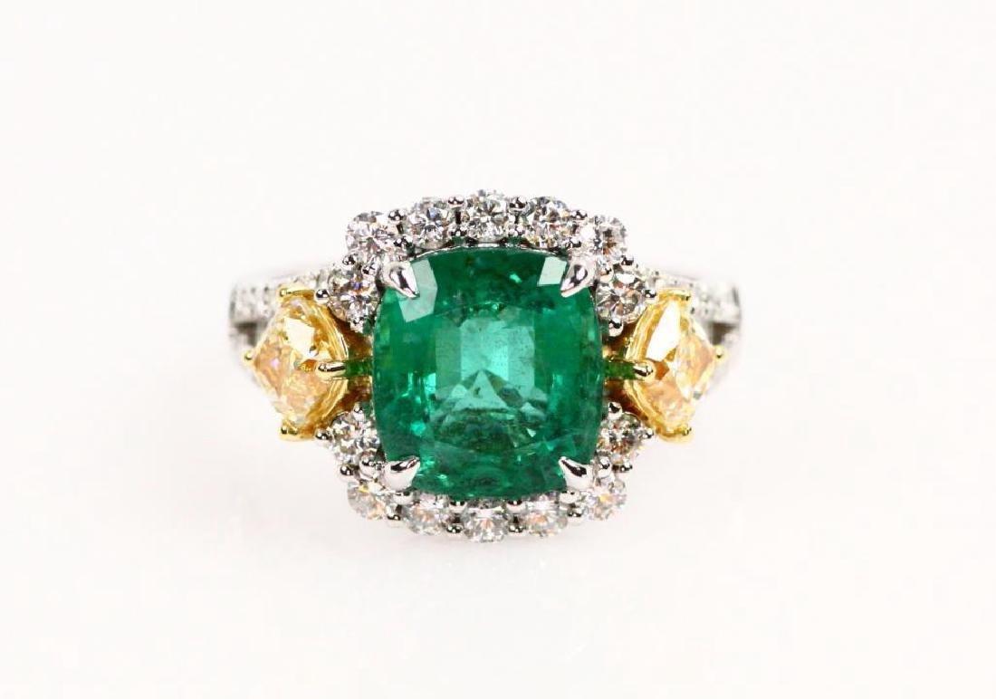 4.05ct Colombian Emerald, 1ctw Diamond, 18K Ring