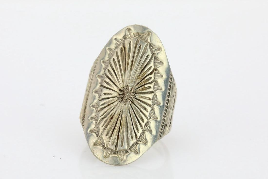 "Native American Sterling Silver Ring Signed ""AY"""