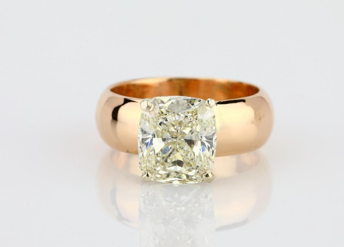 5.01ct VVS2/H-I Diamond in 14K/Platinum Setting