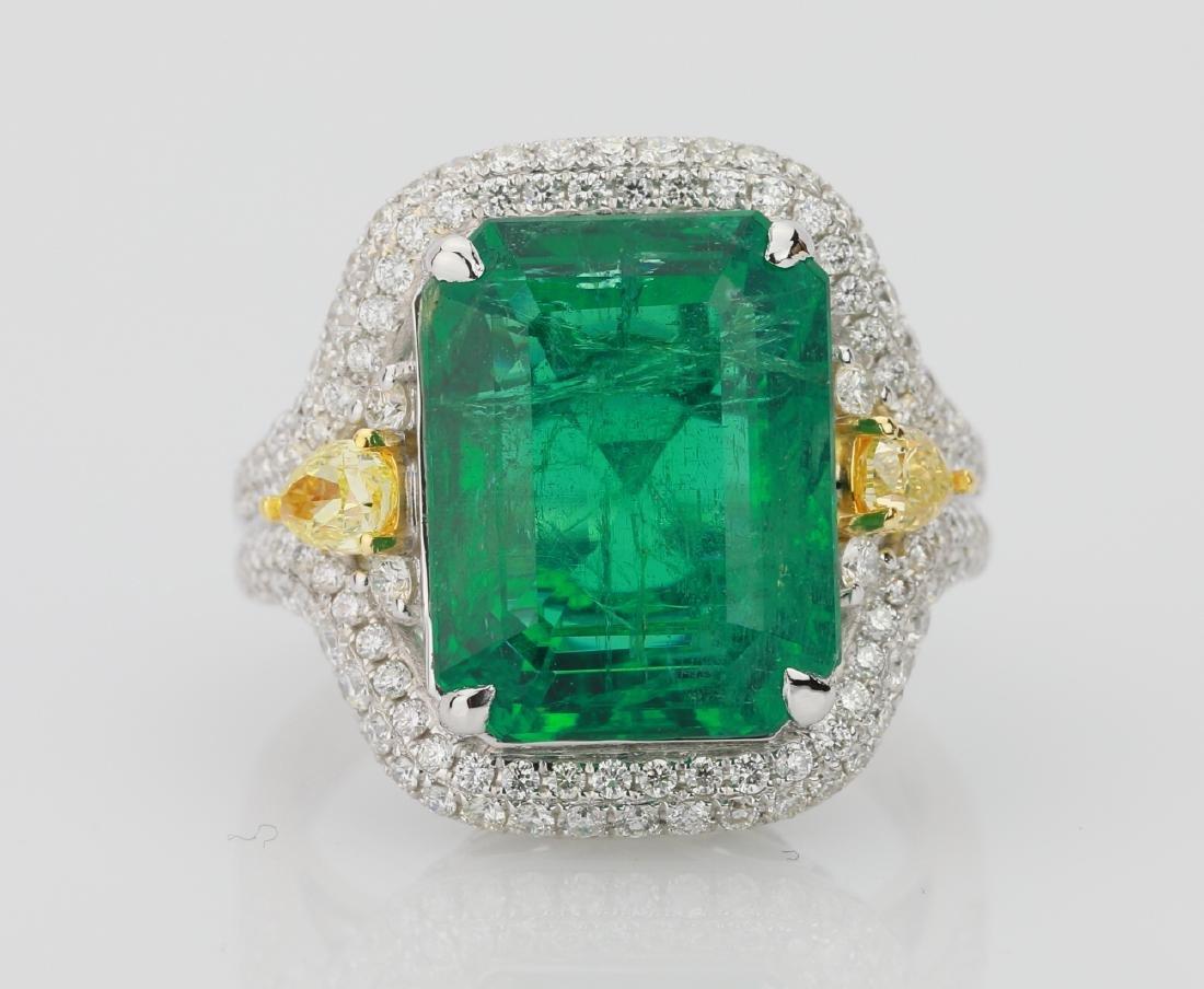 9.2ct Emerald, 1.3ctw Yellow/White Diamond 18K Ring