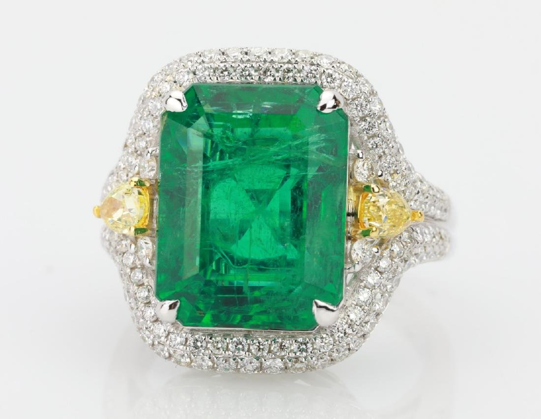 9.2ct Emerald, 1.3ctw Yellow/White Diamond 18K Ring - 4