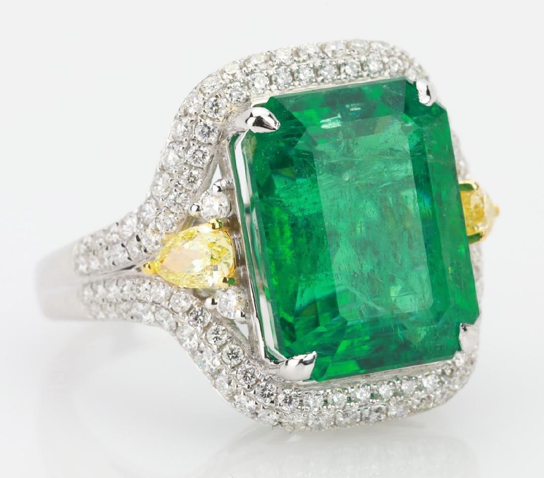 9.2ct Emerald, 1.3ctw Yellow/White Diamond 18K Ring - 6
