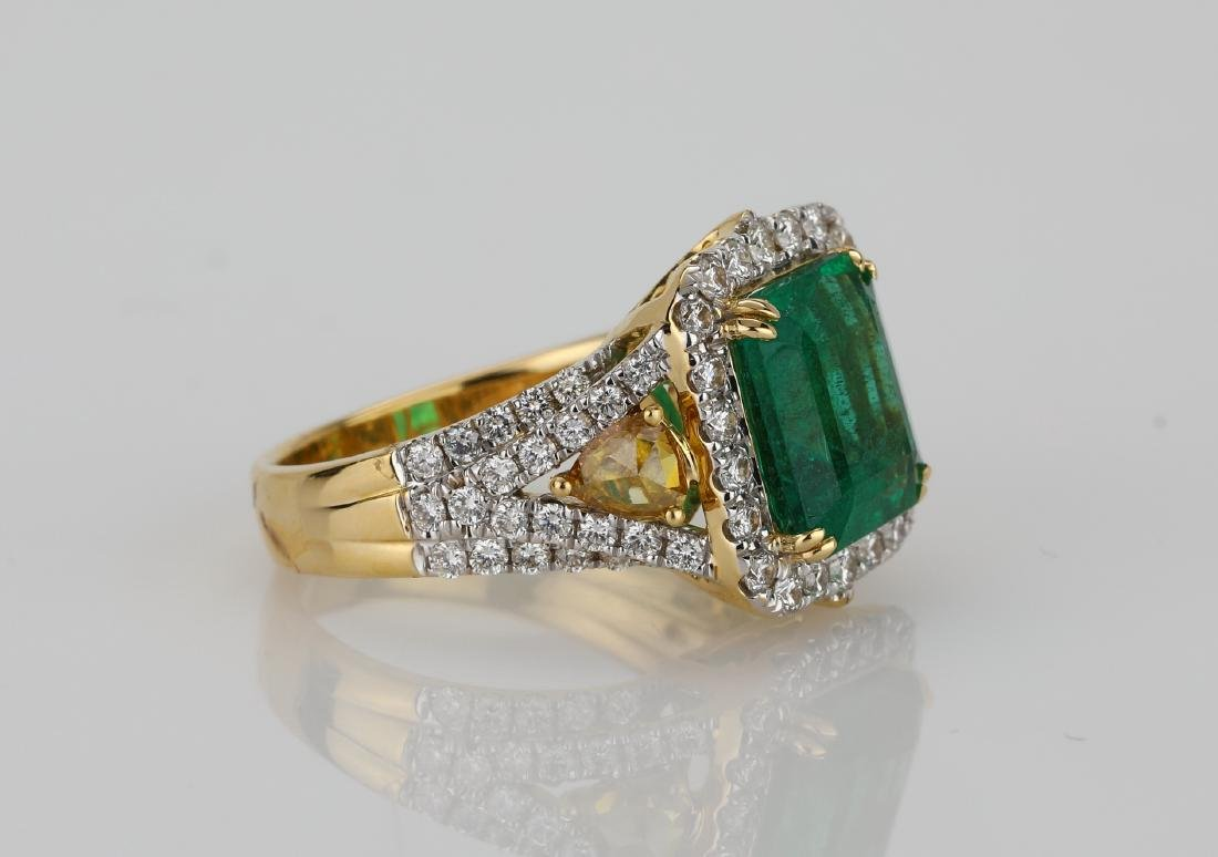 4.5ct Emerald, 1.5ctw Multi-Color Diamond 18K Ring - 3