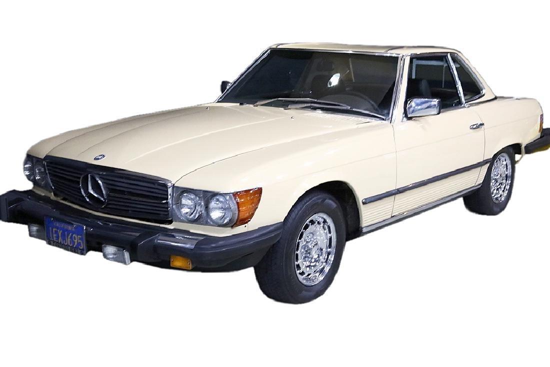 """""""Falcon Crest"""" 1981 Mercedes 380 SL For Jane Wyman"""