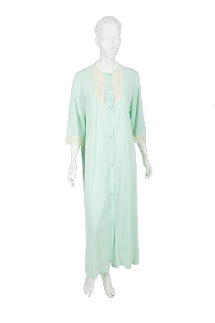 """Oprah Winfrey's """"The Butler"""" Dressing Gown W/COA"""